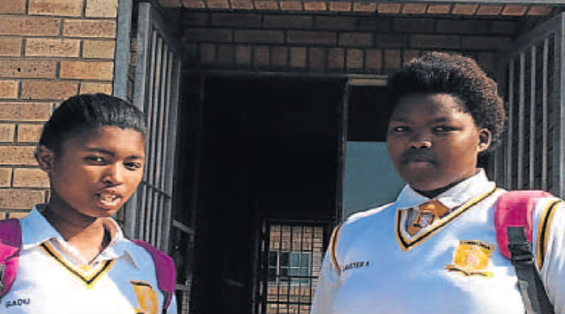 TIME RUNNING OUT: Noxolo Badu and Anelisa Danster, both 18, are worried about the lack of tuition. Picture: LEE-ANNE BUTLER